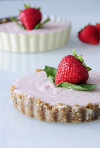 Mini Strawberry tartlet recipe - Vegan Family Recipes