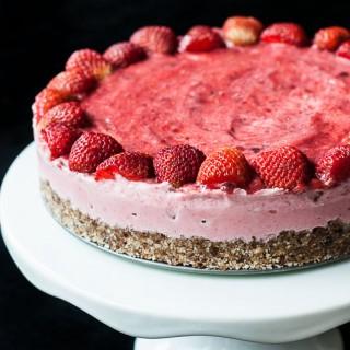 Strawberry Ice Cream Cake (V,GF)