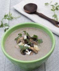 Vegan Mushroom Leek Soup with garlic, thyme, cauliflower, and almond milk. Low calorie, healthy, gluten-free - Vegan Family Recipes #health #lunch